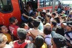 Plataforma recém lançada permite que usuário aponte as falhas do transporte público.