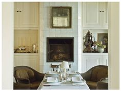 would love to have a keeping room like this- the symmetry!