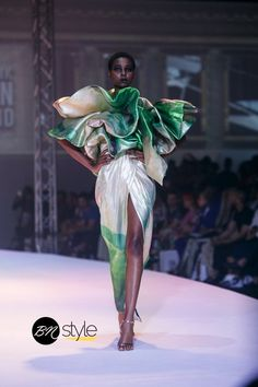 Day 1 of the GTBank Fashion Weekend 2018 runway shows have come to a close and here is your BellaNaija Style Runway Recap. South African Fashion, Africa Fashion, Black Supermodels, Nigerian Fashion Designers, Costumes Couture, Contemporary Fashion, I Love Fashion, Black Girl Magic, Runway