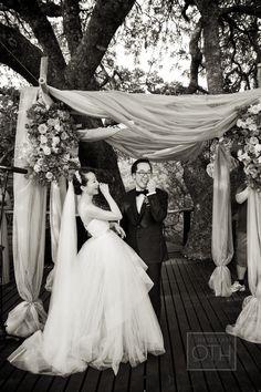 Photography: Christian Oth Studio - christianothstudio.com  Read More: http://www.stylemepretty.com/2014/07/23/adventurous-safari-wedding-in-south-africa/