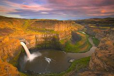 Palouse Falls, Eastern Washington (reminds me that the good 'ol US of A has many great places to visit too!)