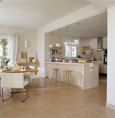 Amplia cocina abierta al mar mallorquín Open Plan Kitchen Living Room, Home Decor Kitchen, Interior Design Kitchen, Home Kitchens, Kitchen Dining, Kitchen Ideas, Cuisines Design, Kitchen Layout, Kitchen Remodel