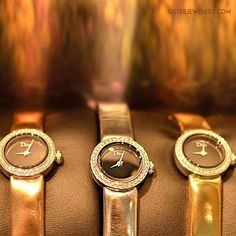#Dior captures the warm tones of fall in their #MiniDdeDior #ladieswatches. Designed by #victoiredecastellane #bronze #gold #diorfinejewelry #diorwatches #diamondwatches #cherrycreeknorth #NYFW Exclusively at #osterjewelers Want more watches? Follow @osterwatches