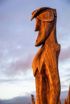 Wooden Hawaiian historical statue, Big Island, Hawaii