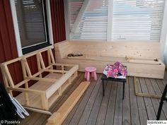altan,råspont,platsbyggd soffa