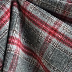 Black lilac check new wool /& luxury mohair coating width 140 cm