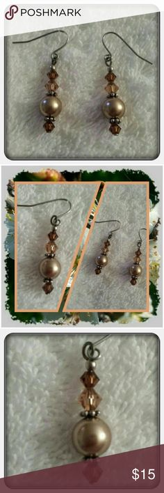 NWOT Tan & Brown Dangle Earrings Brand New Never Worn Dangle Beaded Earrings. These Super Cute Earrings Look Great With Anything  PAYPAL  TRADES  LOWBALLING ❤ Jewelry Earrings