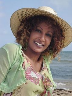 Helen Meles - A singer who has reached superstar status in Africa -  ERITREA