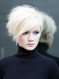 asymmetrical stacked bob / pixie... I LOVE THIS! #short_hair