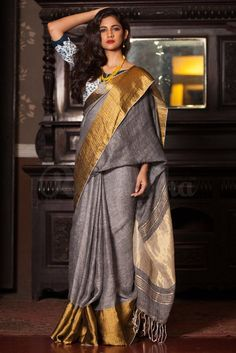 Fabric: Organic Linen Length: Standard 5.5 mtrs Blouse Piece: Included Special Note: This saree is currently not available and can be ordered with 15 days pre-o