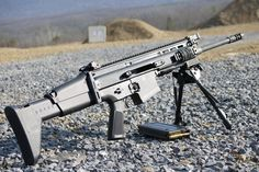 """Post the best battle rifle in the world Or I'll eat your soul - """"/k/ - Weapons"""" is imageboard for discussing all types of weaponry, from military tanks to guns and knives. Crossbow Targets, Crossbow Arrows, Diy Crossbow, Fn Scar, London Dreams, Guns Dont Kill People, Ar Pistol, Battle Rifle, Firearms"""
