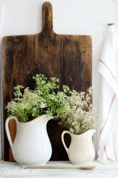 make your own antique style cutting book from salvaged wood - KnickofTime.net