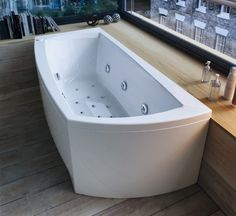 Linea massasjekar fra Interform Corner Bathtub, Bathroom, Washroom, Bath Room, Bath, Bathrooms