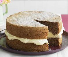 Sponge Recipe, Sponge Cake Recipes, Sandwich Cake, Savoury Cake, Let Them Eat Cake, Sweet Recipes, Honey Recipes, Yummy Recipes, No Bake Cake