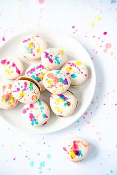 Simple Splatter Painted French Macarons