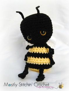 Comber the Bee Cuddle Bug CROCHET PATTERN PDF