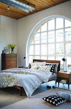 Huppe's furniture is the perfect combination of timeless wood craftsmanship and European-inspired modern design. Dream Bedroom, Home Bedroom, Master Bedroom, Room Interior Design, Window Frames, Bedroom Styles, Dream Decor, Lofts, Simple Living