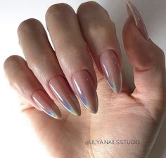 False nails have the advantage of offering a manicure worthy of the most advanced backstage and to hold longer than a simple nail polish. The problem is how to remove them without damaging your nails. Cute Acrylic Nails, Cute Nails, Pretty Nails, Perfect Nails, Gorgeous Nails, Hair And Nails, My Nails, Oval Nails, Nail Manicure
