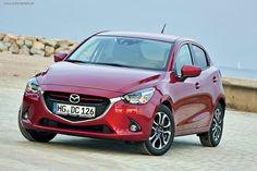 Тест-драйв Mazda2: Квантовая энергия   Квант – самая маленькая порция в физике, Mazda2 – самая маленькая Mazda в Европе. Кажется, энергия так и брызжет из четких граней ее профиля. Мы считали кванты на серпантинах и автобанах Каталонии.