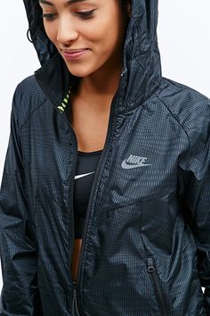 Nike RU Fly Windrunner Jacket in Black - Urban Outfitters Nike Outfits, Sporty Outfits, Athletic Outfits, Athletic Wear, Windrunner Jacket, Urban Apparel, Look Fashion, Fashion Outfits, Fashion Shoot