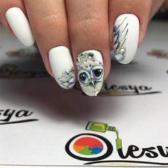 Owl, white background, nails art