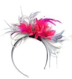 Gris plata y fucsia rosa fascinador en diadema AliceBand Reino