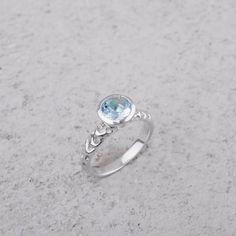 Ishtar anello argento con acquamarina #acquamarina #silver  #jewellery #luxury #madeinitaly #excellence #fashion #style #shopping #inArchivio #ArchivioStore