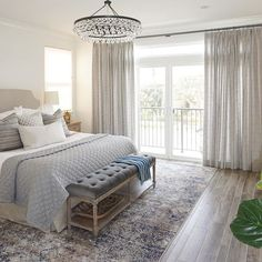 Love love love love installation days! The majority of our jobs lately have been architectural drafting and hard finish selecting (which is awesome! and great!) BUT my heart really beats for the interior installation days! #interiordesign #masterbedroom #amazingclients #SMmakelifebeautiful #coastalliving #kathrynmillerinteriors