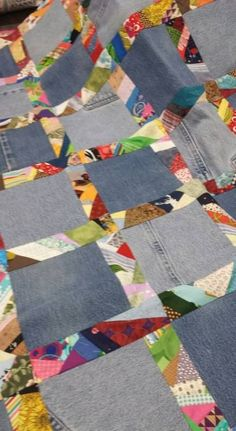 Patchwork Quilting Pink neue Ideen , Best Picture For patchwork quilting indian For Your Taste You are looking for something, and it is going to tell you ex Patchwork Quilting, Rag Quilt, Scrappy Quilts, Easy Quilts, Quilt Blocks, Crazy Quilting, Denim Quilts, Crazy Patchwork, Patchwork Ideas