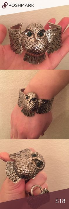 Gorgeous Boho Wrap Around Owl Bracelet Never worn, picked up in an antique mall. Thought I was going to wear it and it's just been sitting instead. Too pretty to waste! Eyes are a deep green in person. Not too heavy considering the size. A nice statement piece. Jewelry Bracelets