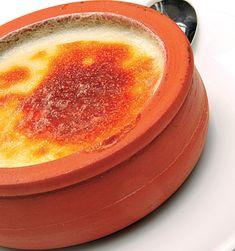 O budincă de orez cu lapte delicioasă, care se face foarte uşor – desertul ideal. Trebuie să încerci această reţetă. 1. Într-o crăticioară se pun orezul, apa şi sarea şi se lasă să ajungă la punctul de fierbere. În acest moment, se acoperă crăticioara cu un capac şi se lasă să fiarbă la foc mic …