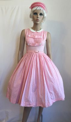 Vintage 1950s Gingham Dress with Full Skirt by GypsysClosetVintage