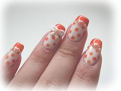 Except in pink. I looooove polka dots & I love bows. <3