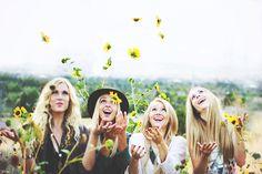 haileycheyanne: ---Sunflowers---