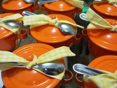 brigadeiro na panelinha - lembrança de chá de cozinha
