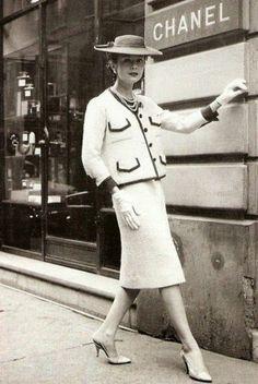O Estilo Chanel nos Anos 50 - Nostalgiarama