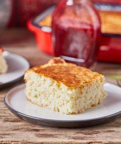 Rizsfelfújt málnaöntettel recept   Street Kitchen Cornbread, Vanilla Cake, Feta, Smoothie, Bacon, Food And Drink, Health, Ethnic Recipes, Kitchen