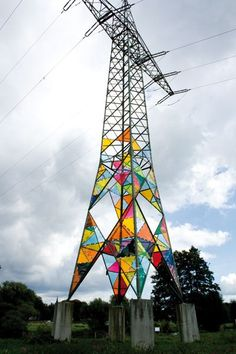 Back in 2010, a trio of art students from Klasse Löbbert in Germany took it upon themselves to transform a boring electrical tower into a translucent, stai