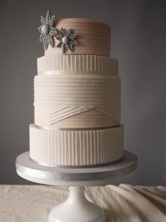 simple wedding cakes modern - Elegant cake for Wedding