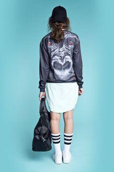 Bluse med Gorilla print, fra Mr Gugu & Miss Go. Bluse - Gorilla Sweater - Pris: 135,- http://frejafashion.dk/products/gorilla-sweater