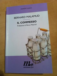 @miremg: Ecco il mio libro #IlCommesso #Malamud @minimumfax pronta per la Twittlettura!!  @TwoReaders