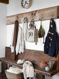 I'm in love with these rustic inspired ideas !! Now where do I find this??