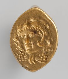 Gold ring  Period: Hellenistic Date: late 4th–3rd century B.C. Culture: Greek Medium: Gold Dimensions: H.: 1 x 3/4 in. (2.5 x 1.9 cm)