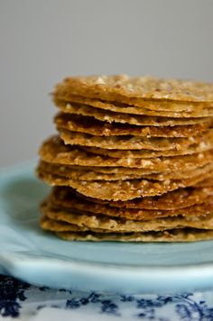 Lace Cookies. Need to try. {cream, brown sugar, unsalted butter, nuts}