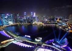 9 Beautiful Places in Singapore You Must Visit Before You Die Skyline Von London, Singapore Attractions, Vietnam Travel Guide, Singapore City, City Wallpaper, Modern City, Great Night, City Photography, City Buildings