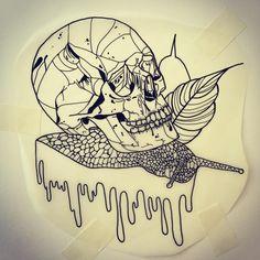 """9 curtidas, 1 comentários - Stefania Torregrossa (@stebigt) no Instagram: """"Snail #sketch #tattoosketch #tattoo #skulltattoo #drawing"""""""
