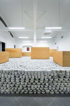 Maruhiro Flagship Ceramics Store by Yusuke Seki   http://www.yellowtrace.com.au/yusuke-seki-maruhiro-flagship/