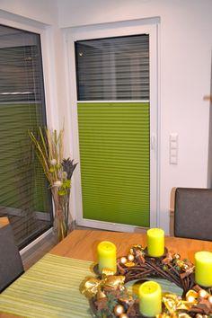 #plissee #grün #kerzen #wohnennachwunsch Macht Euer Zuhause schöner mit unseren Plissees.