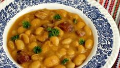 Iahnie de fasole cu ciolan afumat Vegetarian Food, Chana Masala, Cheeseburger Chowder, Food Inspiration, Soup, Ethnic Recipes, Veggie Food, Vegetarian Cooking, Soups