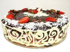 How to Make a Chocolate Filigree Cake Border & Recipe for Strawberry Bavarian Cream Cake